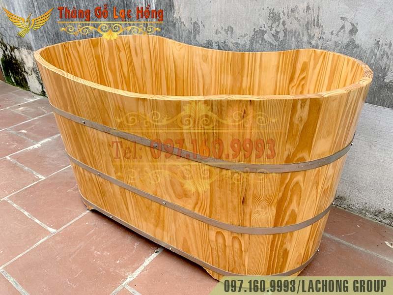thùng gỗ ngâm người