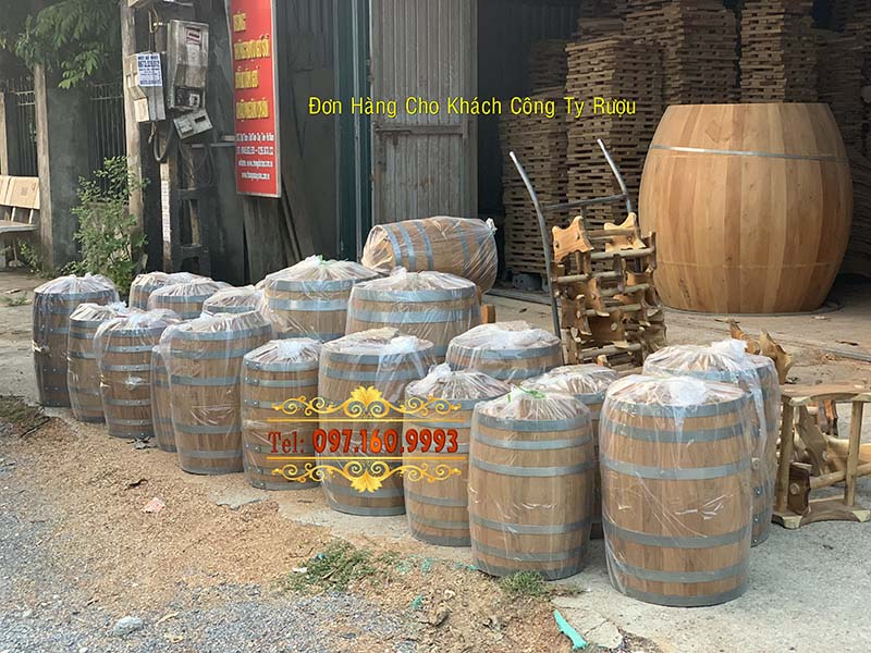 thùng gỗ rượu vang