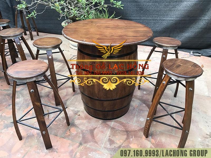 thùng gỗ làm bàn