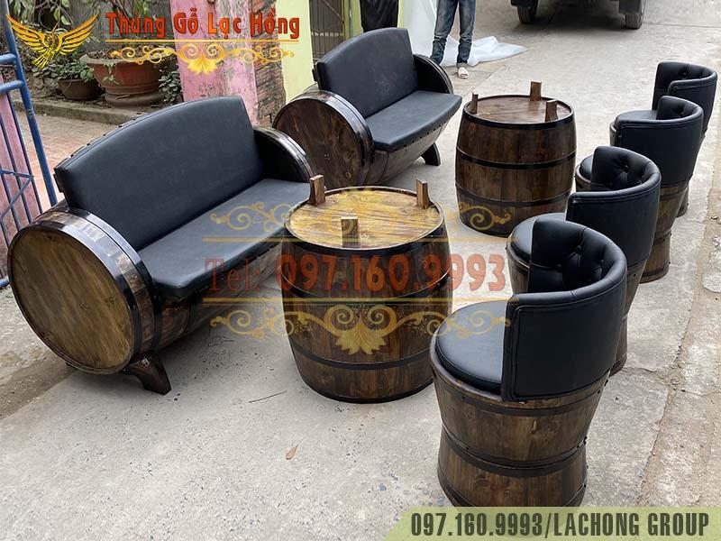 thùng gỗ trang trí rượu