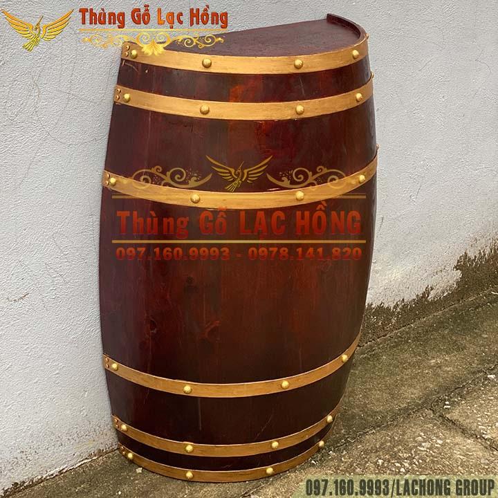 nửa thùng rượu gỗ ốp tường